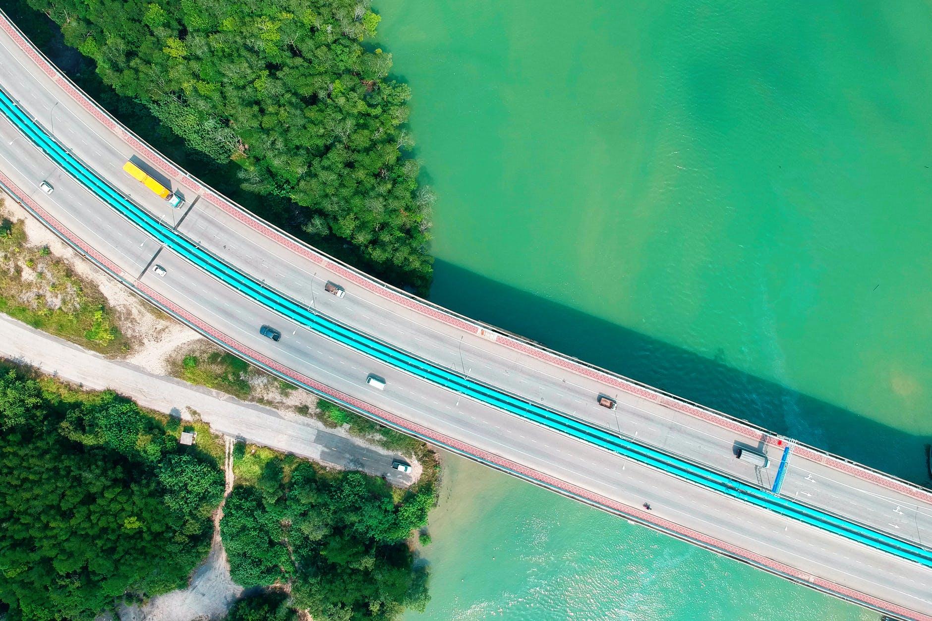 Компании перевозки грузов автомобильным транспортом